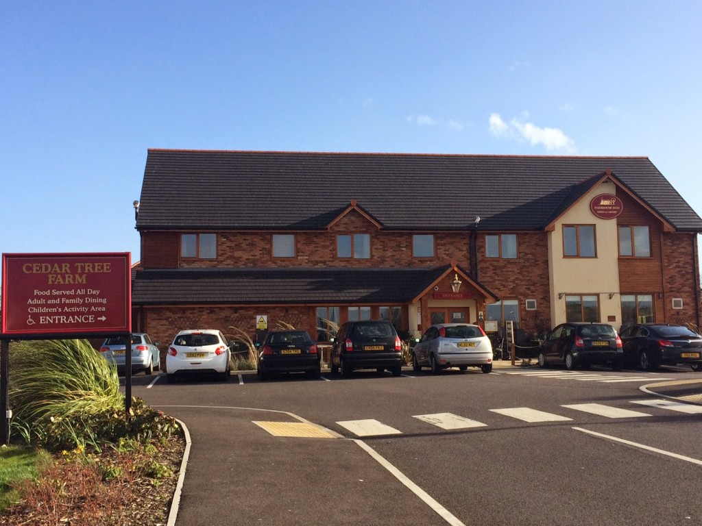 Carvery, Cake & Community – Restaurant Review: Cedar Tree Farm, Cardiff