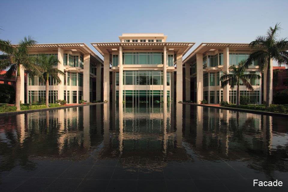 FACADE_Jaypee Palace Hotel