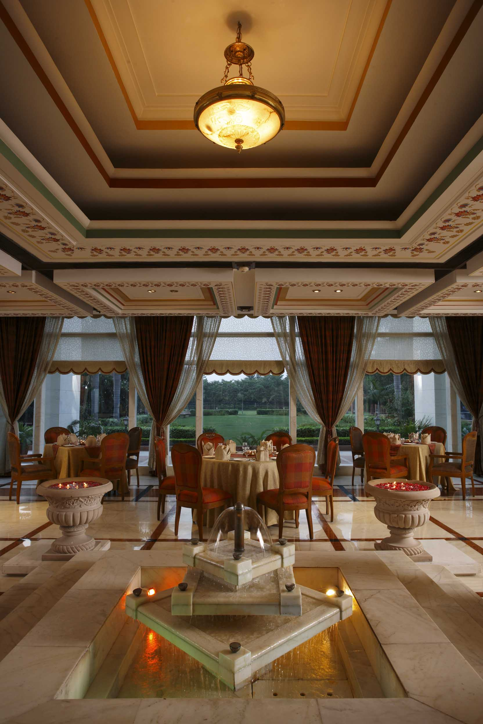Hotel review jaypee palace hotel agra utter pradesh for Agra fine indian cuisine