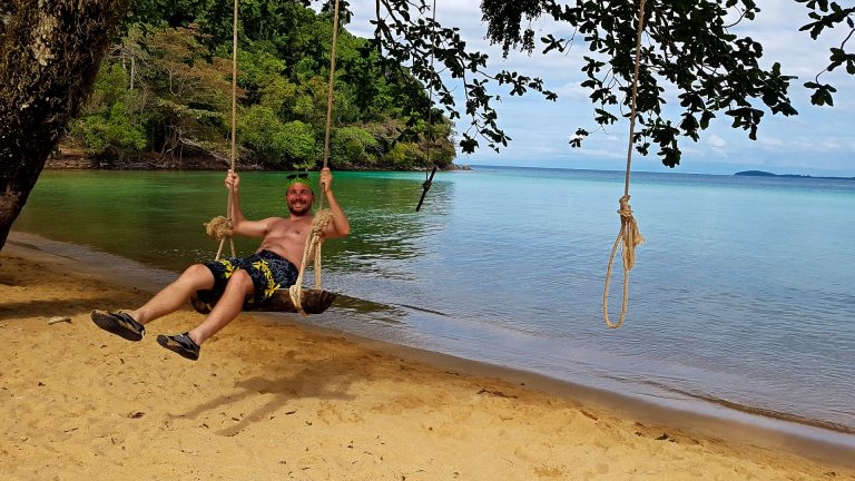 Rope-swing-best-beaches-in-thailand