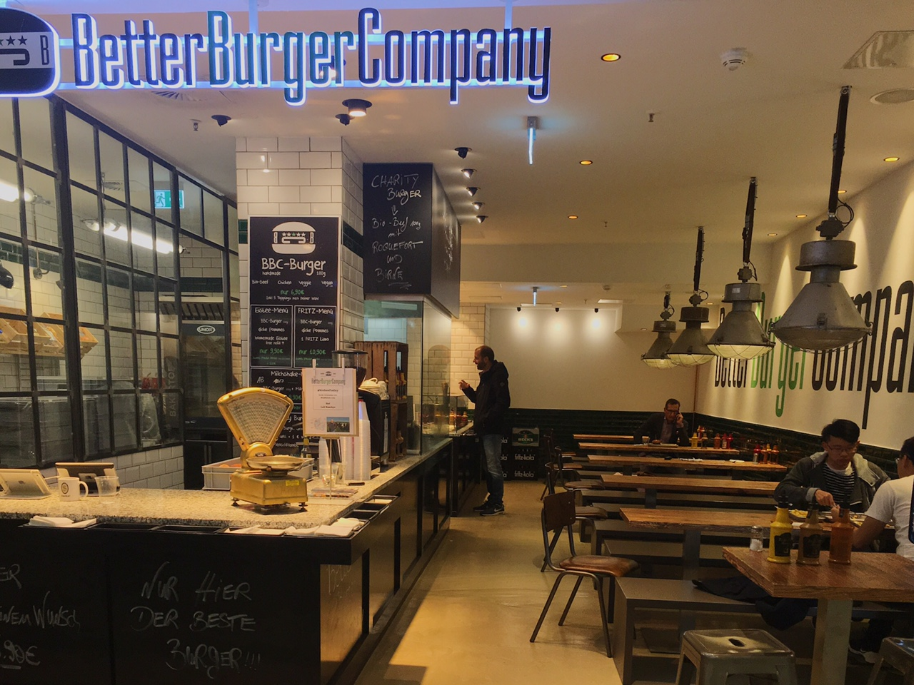 Len Design Hamburg hungry in hamburg 5 of the best places to eat the bit