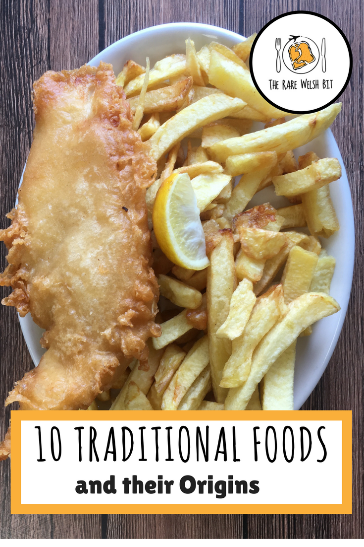 Discover the origins of ten traditional foods from around the world, including Greek, French, Spanish, Portuguese, American and Indian dishes. #traditionalfoods #worldfoods #foodorigins #fiishandchips #foodtravel