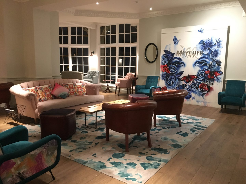 The lounge at Mercure Grand Bristol Spa Hotel