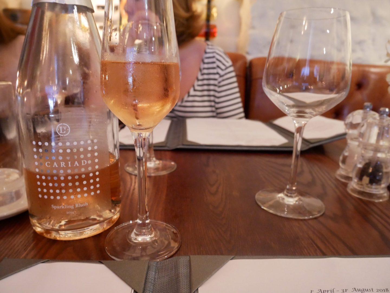 Cariad Sparkling Blush Wine